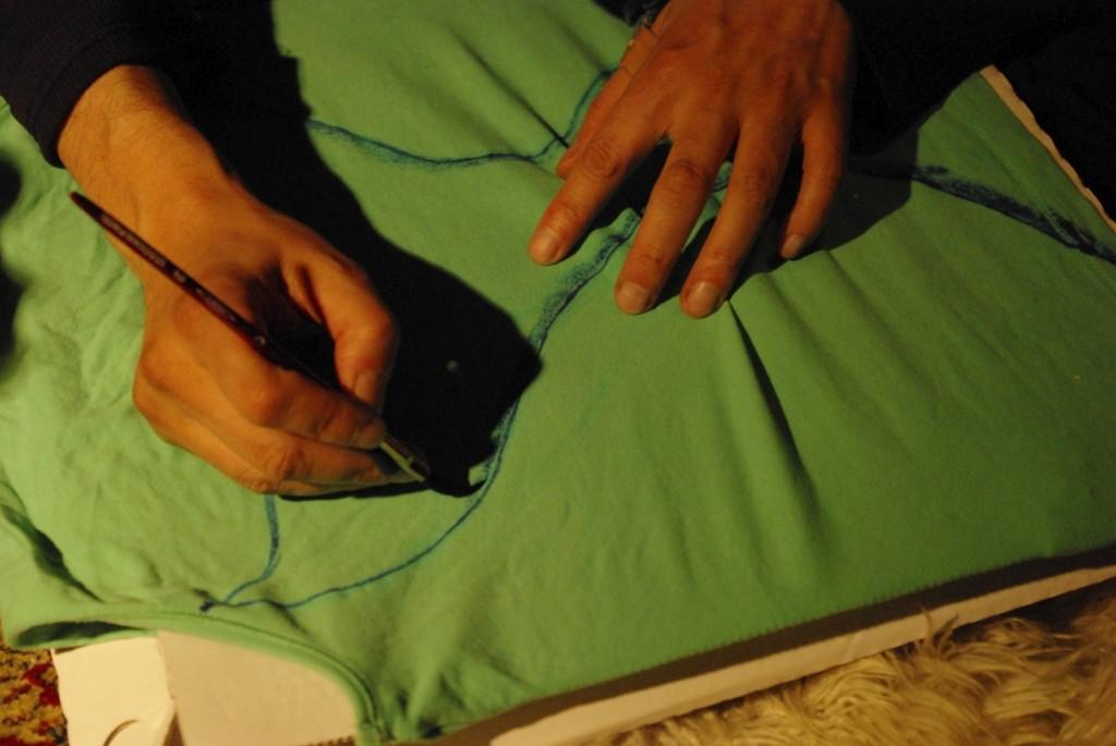 wer will mit mir alte kleidung neu gestalten. Black Bedroom Furniture Sets. Home Design Ideas